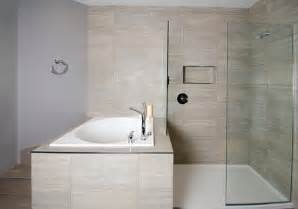 4 Foot Bathtubs by Deep Japanese Soaker Tub Walk In Shower Contemporary