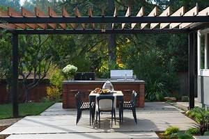 comment amenager une cuisine d39exterieur sur la terrasse With idee amenagement terrasse exterieure 4 luminaire entree maison cgrio