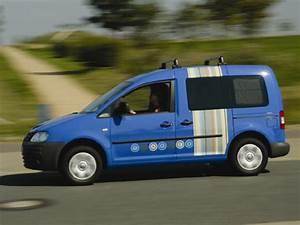 Volkswagen Caddy Versions : vw caddy life tramper bett f hrt mit auto ~ Melissatoandfro.com Idées de Décoration
