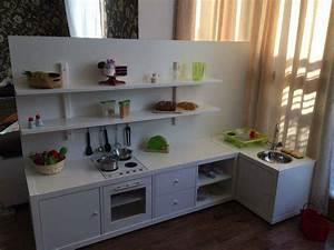 Regal Küche Ikea : kinderk che aus kallax ikea regal diy pinterest counter top she s and kitchens ~ A.2002-acura-tl-radio.info Haus und Dekorationen