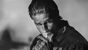 'Sons of Anarchy' Season 7: Charlie Hunnam appearing on ...