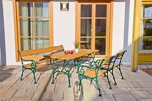 Parkbank Mit Tisch : bank guss bau gartenmarkt lagerhaus sortiment ~ Markanthonyermac.com Haus und Dekorationen