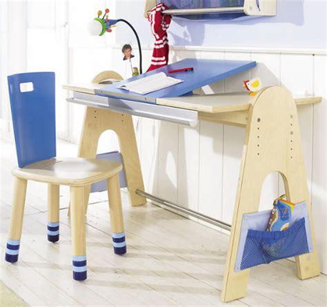 Childrens Desk Uk by Kid S Ergonomic Desks Junior Rooms