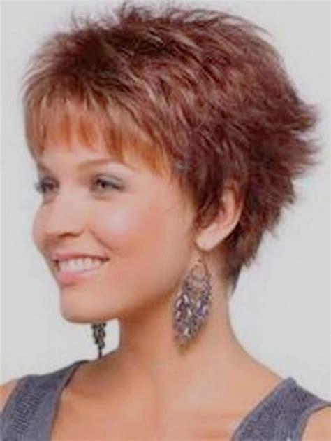 coupe cheveux courts femme 50 ans coiffures courtes 2018 femmes 50 ans