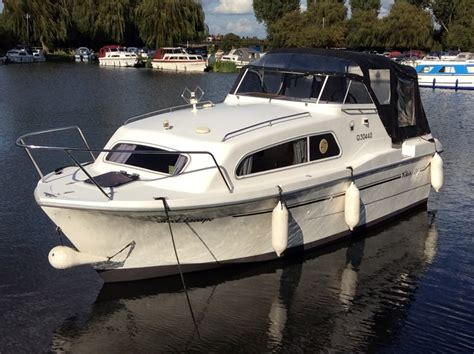 Viking Boats For Sale Uk viking 24 widebeam boat for sale quot reel escape quot at jones