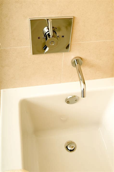 remove  pop  bathtub plug  unclog  drain