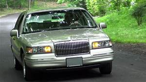 1997 Lincoln Town Car Signature Series Test Drive  U0026 Tour