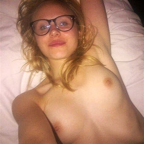 Actress Alison Pill Nude Leaked Pics Private Pregnant