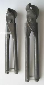 Altes Werkzeug Holzbearbeitung : altes werkzeug 2 alte rohrbiegezangen installateur ~ Watch28wear.com Haus und Dekorationen