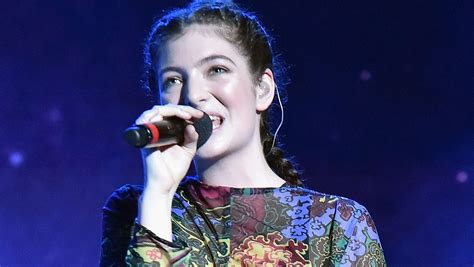 Hover over for more info. Lorde breaks down 5 key songs off new album 'Melodrama'
