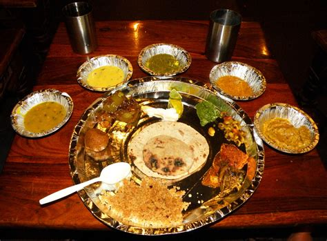 types of indian cuisine file rajasthanthali jpg wikimedia commons