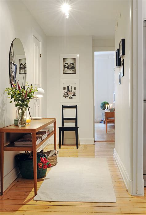 front hallway table  mirror  small wall   home