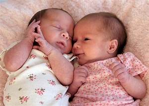 Newborn Twin Baby Girls | Monday, August 9, 2010 | TWO ...
