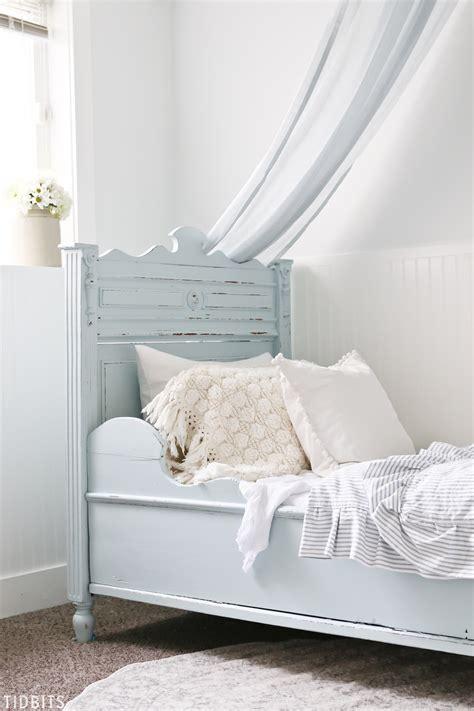 Blue And White Girls Bedroom Makeover Tidbits