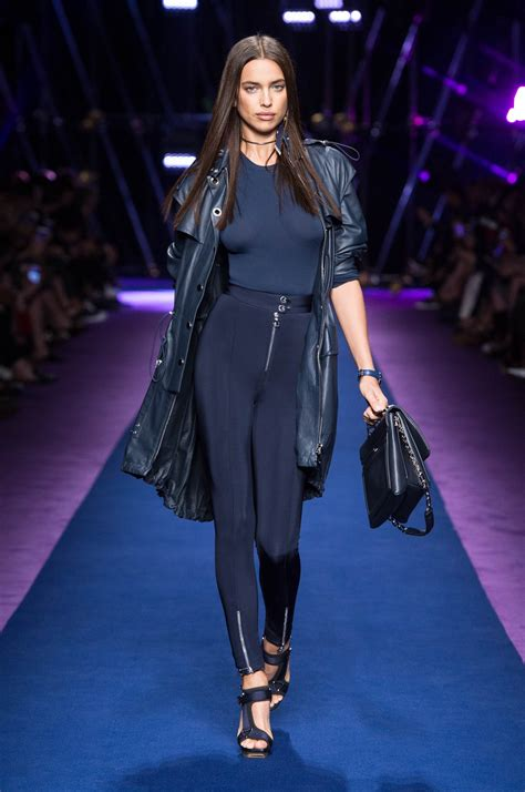 VERSACE SPRING SUMMER 2017 WOMEN'S COLLECTION | The Skinny ...