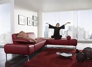 Canapé Cuir Rouge : mettez une touche de creativite dans votre salon avec les canapes d angle rouges blog de ~ Teatrodelosmanantiales.com Idées de Décoration