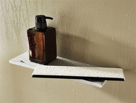 accessoire de salle de bains tablette porte savon keuco avec raclette pour porte de 224