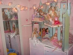 Barbie Haus Selber Bauen : im kinderzimmer 2 barbie und ihr schloss ~ Lizthompson.info Haus und Dekorationen