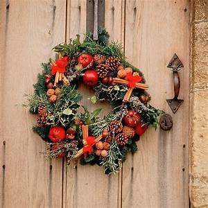 Weihnachtskranz Für Tür : bastelideen f r einen weihnachtkranz im l ndlichen stil ~ Bigdaddyawards.com Haus und Dekorationen