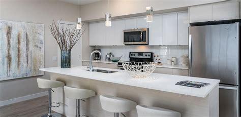 Murano Gardens Luxury Condo in Winnipeg: Kitchen features
