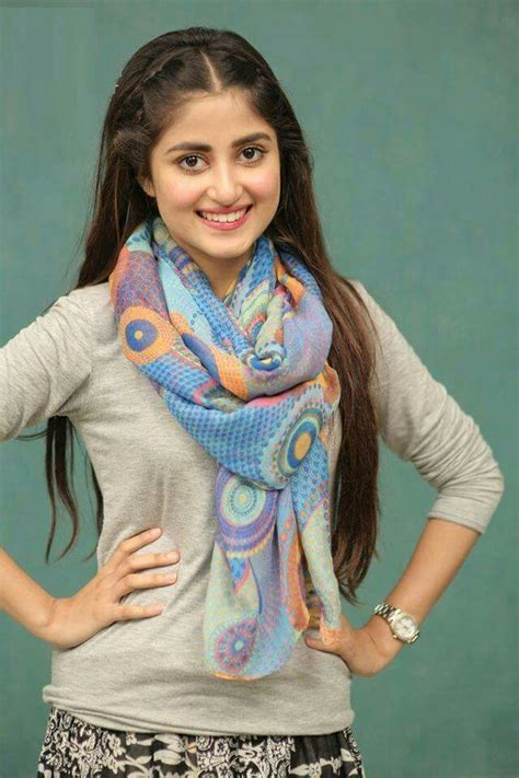 Stunning Actress Sajal Ali Latest Pics ~ Unique Wallpapers