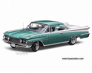 1959 Oldsmobile Hard Top 5241 1/18 scale Sun Star Platinum