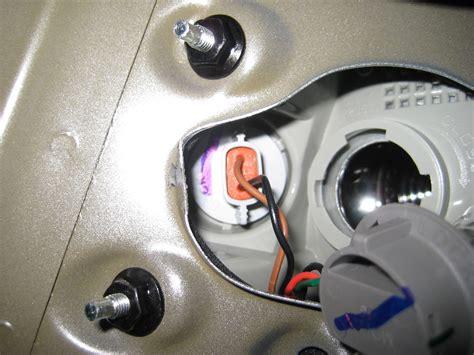 2011 hyundai sonata brake light bulb size hyundai sonata tail light bulbs replacement guide 013