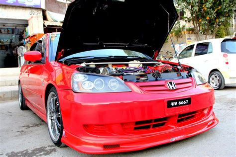 Without wasting any more time, let's take a look at a small comparison between the original. Modified Cars: Red Honda Civic i-vtec Modified