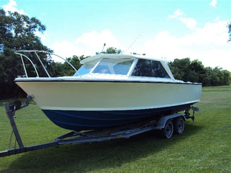 Boat Restoration Near Me by Restored 1967 25 Bertram Page 2 The Hull