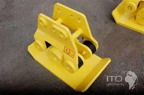 gebraucht roller händler new hydraulic compactor universal mounting plate