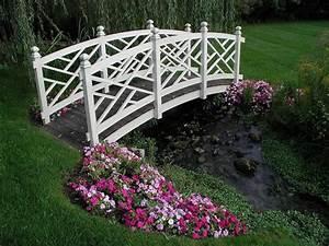 Jardin Deco Exterieur : pont de jardin designs inspirants en 55 photos fascinantes ~ Teatrodelosmanantiales.com Idées de Décoration