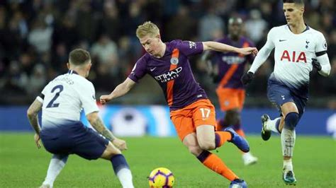 Kevin de Bruyne out of Manchester derby with knee injury