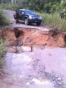 Road to longhouse collapses, SRDC to make urgent repairs ...