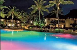 Projecteur De Piscine : le projecteur piscine pour profiter quand on veut le ~ Premium-room.com Idées de Décoration