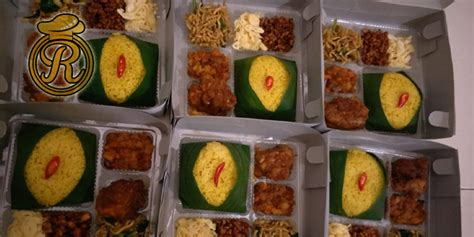 nasi kuning tumpeng ulang