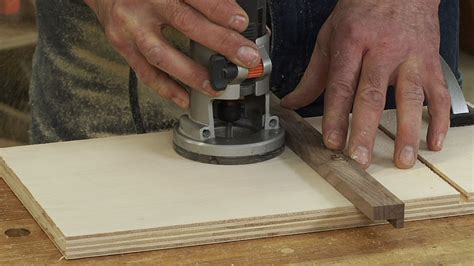 How To Use A Wood Router Guide, Advice And Best Tips 2017