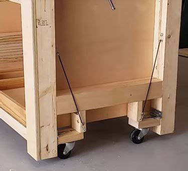 retractable casters woodworking diy workbench