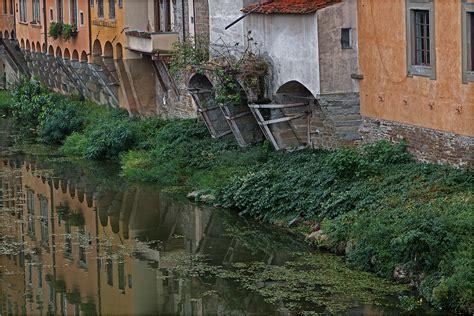 Zu Nah Am Wasser Gebaut by Nah Am Wasser Gebaut Foto Bild City World Wasser