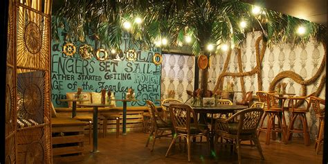aloha bar dining broadbeach bar  weekend edition