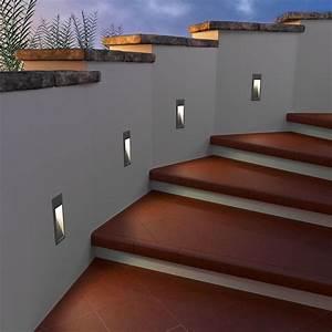 Led Lichtleiste Außen 230v : led treppen licht wand einbauleuchte f r au en eckig warm wei 230v von parlat ~ Buech-reservation.com Haus und Dekorationen