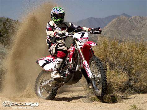 motocross racing bikes dirt stunt racing dirt bike stunts race in india