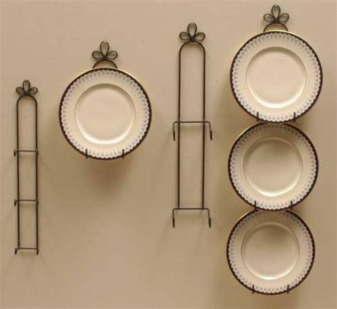 plate hangers curly cue vertical holders plate racks plate hangers plate holders plate