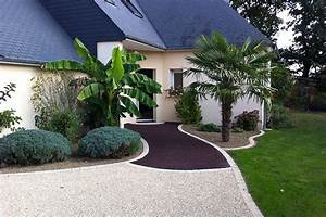 devant de maison en gravier best un gotextile en dessous With jardin avec gravier blanc 11 allee en enrobe devant maison pinterest enrobe