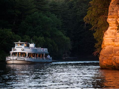 Boat Cruise Wisconsin Dells by Dells Boat Tours 174 Sunset Dinner Cruise