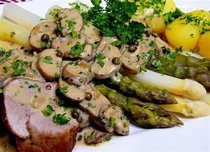 Schweinefilet Mit Spargel : spargel mit schweinefilet und pilzso e rezept mit bild ~ Lizthompson.info Haus und Dekorationen