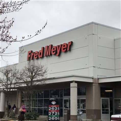 fred meyer 11 photos 27 reviews department stores