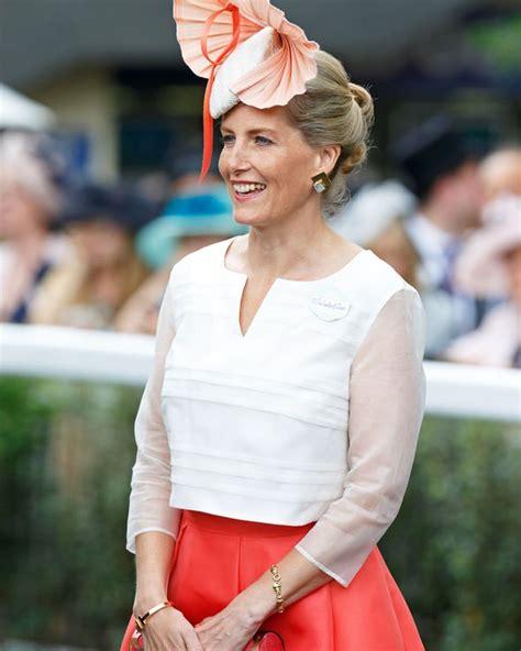 Sophie Countess of Wessex uses trick to ensure she 'stands ...