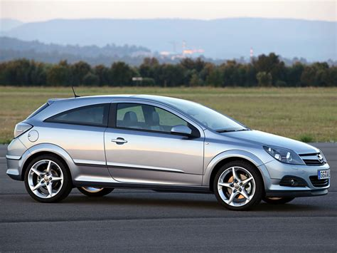 Opel Astra Gtc Picture 16775 Opel Photo Gallery