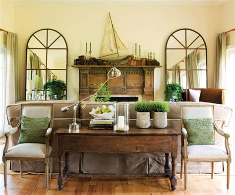 Classic Country Style Interiors  Home Design & Layout Ideas
