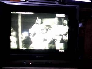 Muaslan Elektronik  Tv Sharp Piccolo Gambar Kuning Semua